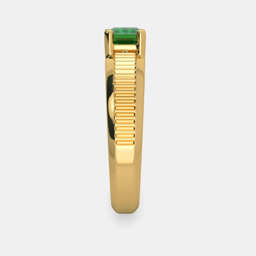 Emerald Ring In Yellow Gold (4.67 Gram)
