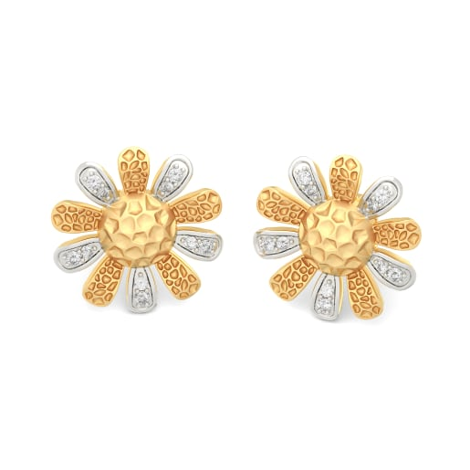 The Amanie Stud Earrings